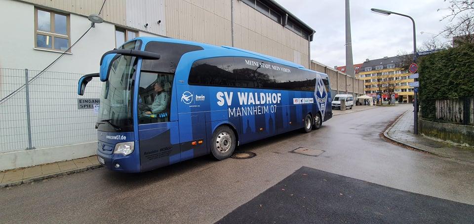 Mannschaftsbus Waldhof Mannheim