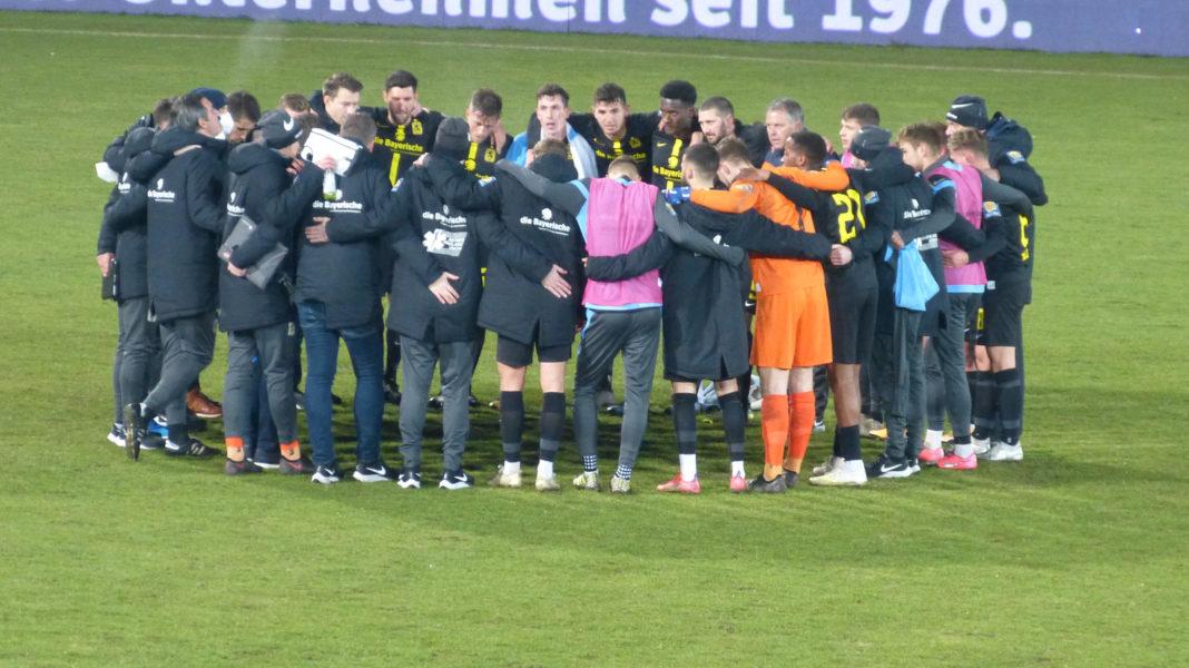 Lübeck TSV 1860 Mannschaftskreis nach 0:0