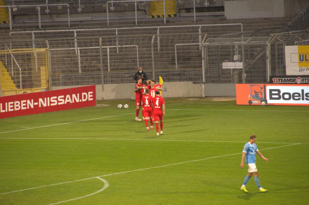 TSV 1860 Viktoria Köln Torjubel nach 1:1
