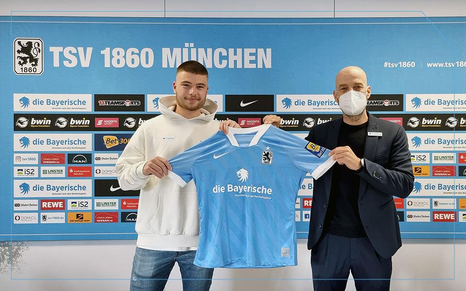 Nathan Wicht unterschreibt Profivertrag beim TSV 1860 München