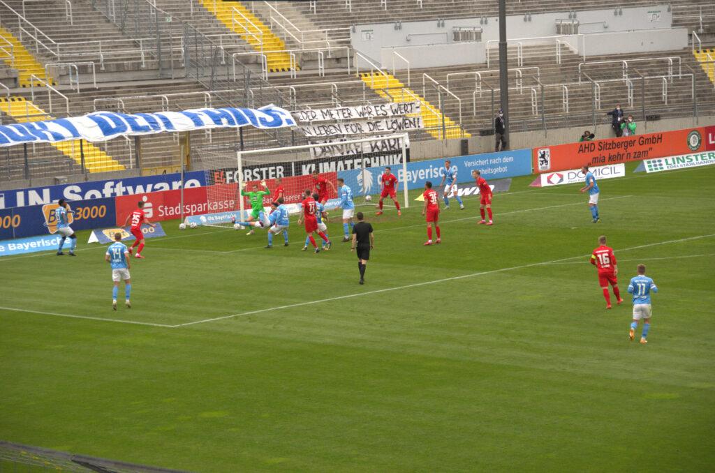 ELfmeterszene beim Spiel TSV 1860 München 1.FC Kaiserslautern 04.05.2021