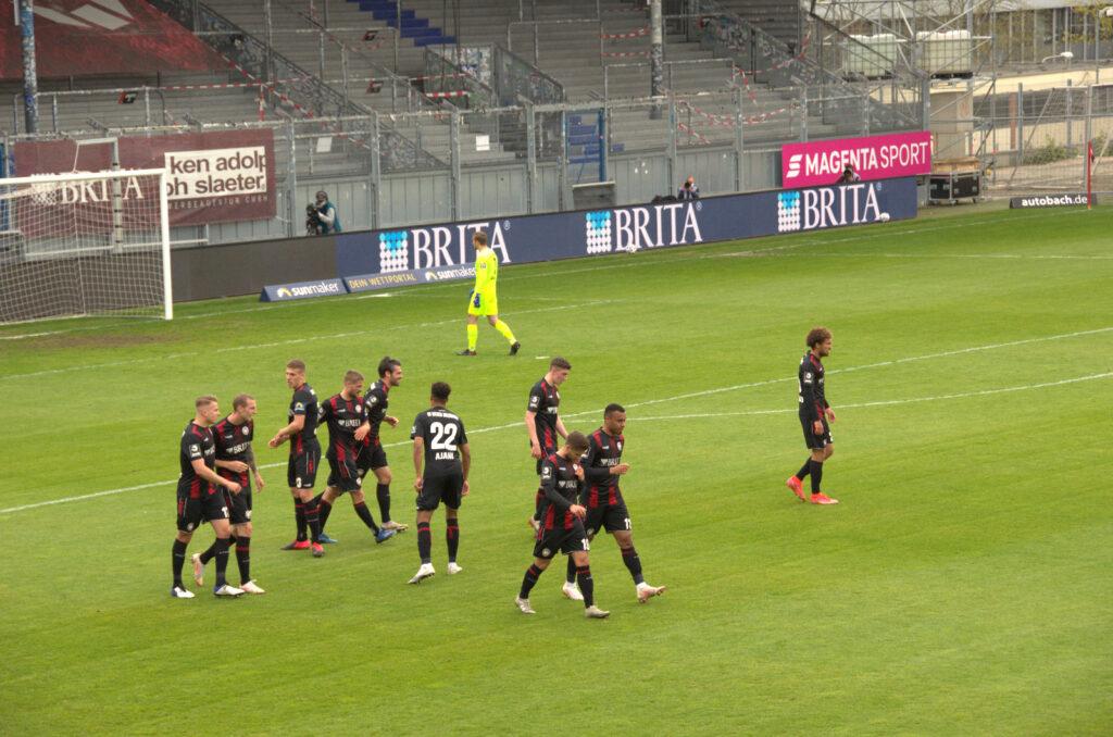 1:0 für Wehen Wiesbaden gegen den TSV 1860 München