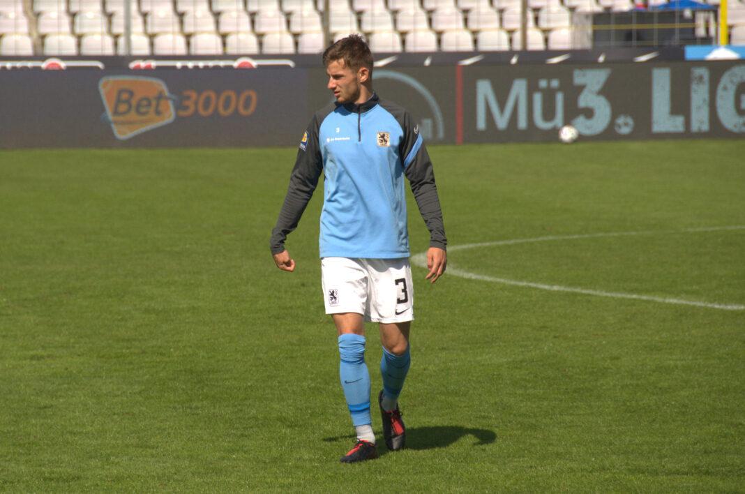 Niklas Lang vom TSV 1860 München Saison 2020/21