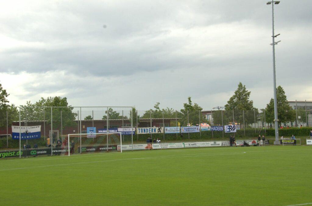 TSV 1860 München SV Heimstetten Testspiel Zaunfahnen