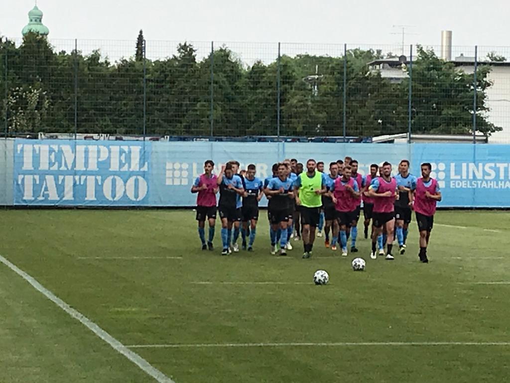 Training beim TSV 1860 München an der Grünwalder Straße
