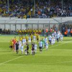 TSV 1860 - Borussia Dortmund: Einlauf der Teams