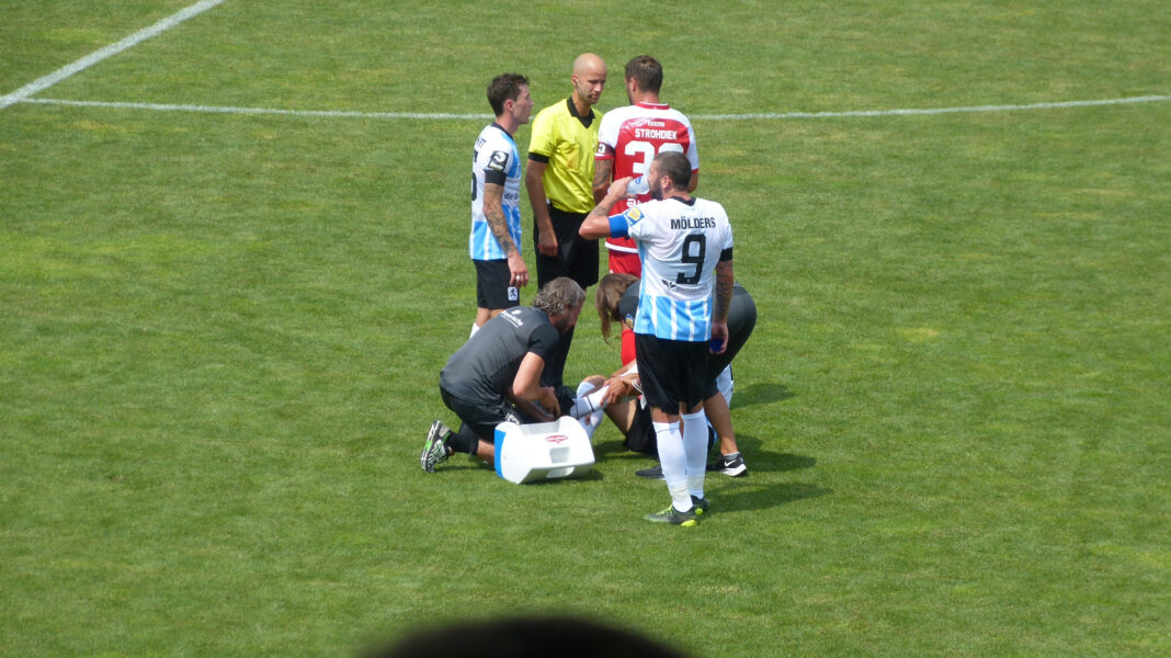 Verletzung Semi Belkahia gegen Würzburger Kickers