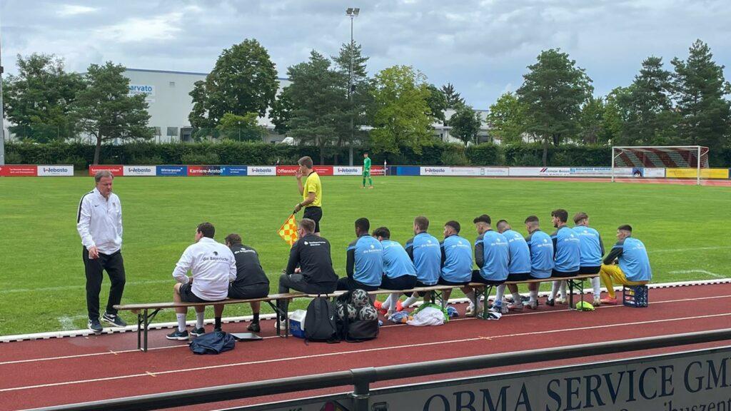 TSV 1860 München II Auswechselspieler in Gilching Kies-Arena